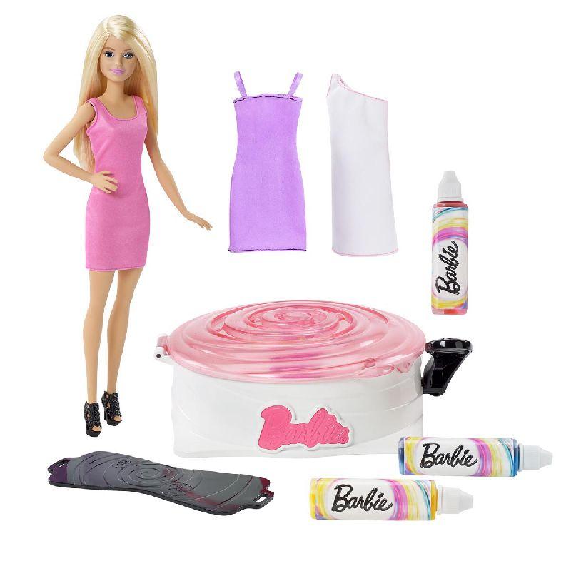 Lav super flotte kjoler til dine Barbie dukke.<br> Når du har lavet kjolerne og du trænger til at lave et  nyt design, vasker du bare kjolen og så kan du lave et  nyt.