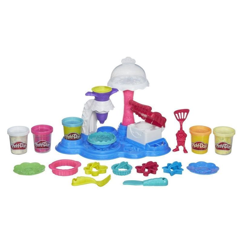 Play-Doh cake party. Her kan man rigtigt lave sine dr�mme  kager i alle slags m�nster farver og forme.Her kan sin fantasi  rigtigt komme p� arbejde
