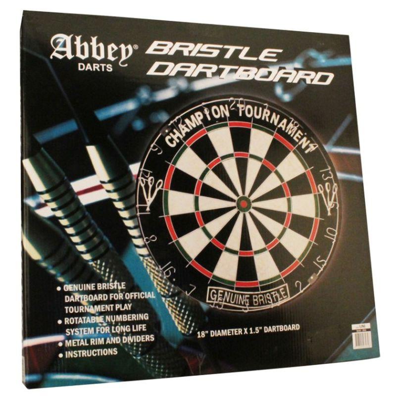 En solid Bristle dart skive i god kvalitet med pile så der er mulighed for en god spil  og hyggelige timer sammen med vennerne