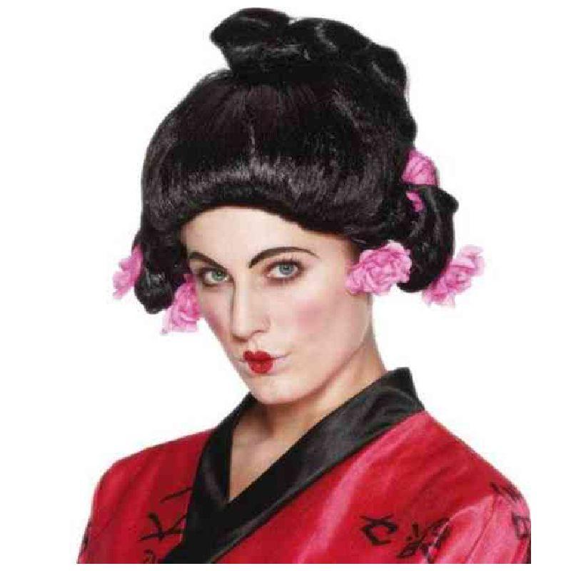 Skal man kl�des ud som kvinde fra Kina, Japan eller tilsvarne er denne paryk lige noget.