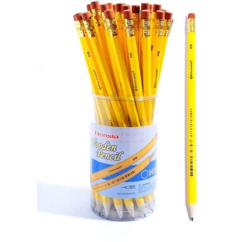 Det er en klassisk gul blyant med viskelæder i enden. Den er  god til at tegne med. Skriver en god historie med. Den lægger  godt i hånden.