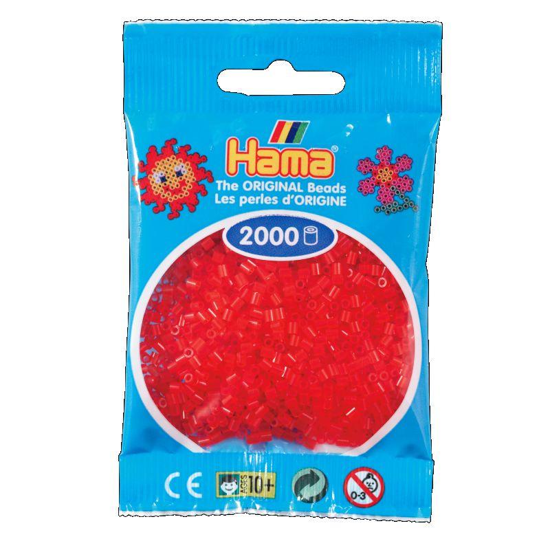 Mini perlerne er de mindste af Hama®s perler og de findes  i 50 forskelige farver. Man kan lave mange detaljeret motiver med Hama® mini  perler.