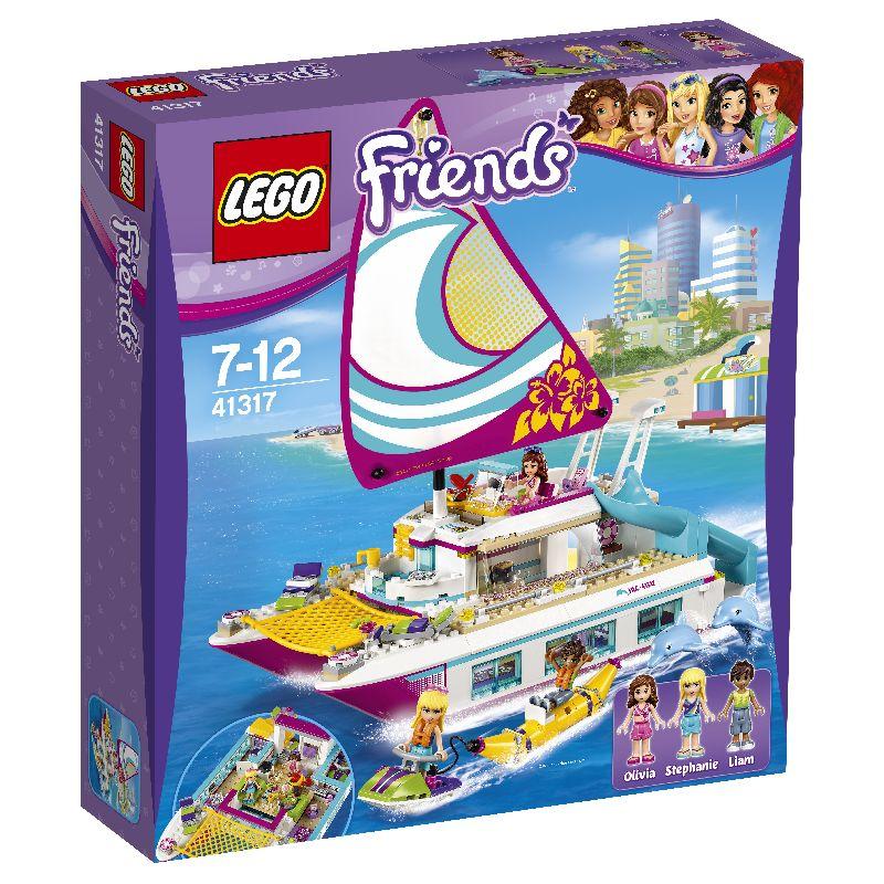 Lego skib med sejl. Rutchebane og sold�k. Tag overd�kket af og  leg med dukkerne i b�den. Speedb�d med gummibanan. Flere  timers leg med vennerne. Kan bruges til at bygge og samle.